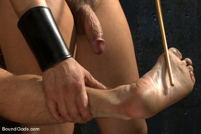 Photo number 9 from Bound Gods First Live Shoot shot for Bound Gods on Kink.com. Featuring Spencer Reed, Van Darkholme and Dominic Pacifico in hardcore BDSM & Fetish porn.