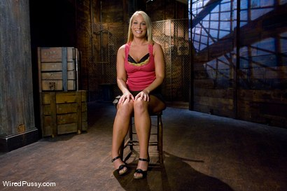 Photo number 2 from Big Tits, Round Ass shot for Wired Pussy on Kink.com. Featuring Lorelei Lee and Mellanie Monroe in hardcore BDSM & Fetish porn.