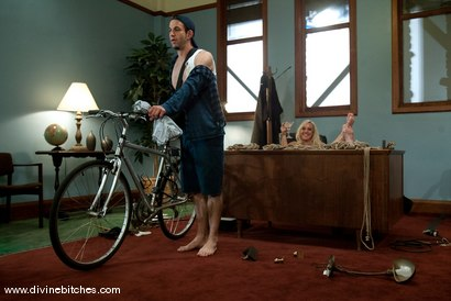 Photo number 9 from Bike Messenger Bitchtoy and The Cougar CEO! shot for Divine Bitches on Kink.com. Featuring Jason Miller and Alexis Golden in hardcore BDSM & Fetish porn.