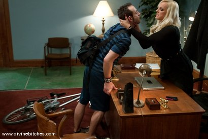 Photo number 3 from Bike Messenger Bitchtoy and The Cougar CEO! shot for Divine Bitches on Kink.com. Featuring Jason Miller and Alexis Golden in hardcore BDSM & Fetish porn.
