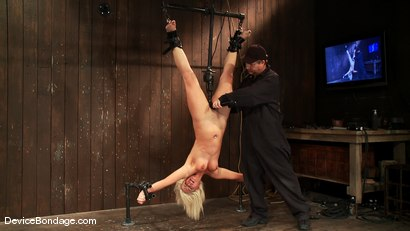 Photo number 7 from Tara Lynn Fox<br> INVERTAFUCKED shot for Device Bondage on Kink.com. Featuring Tara Lynn Foxx in hardcore BDSM & Fetish porn.