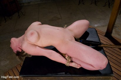 Photo number 9 from Amateur Casting Couch: Lindsey the fucking limber bitch shot for Hogtied on Kink.com. Featuring Lindsey Grant in hardcore BDSM & Fetish porn.