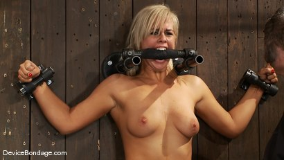 Photo number 11 from Tara Lynn Fox, Mellanie Monroe, and Isis Love<br> Part 3 of 4 of the December Live Show shot for Device Bondage on Kink.com. Featuring Isis Love, Tara Lynn Foxx and Mellanie Monroe in hardcore BDSM & Fetish porn.