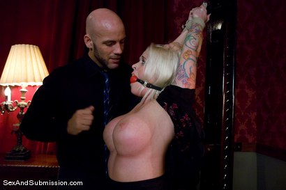 Photo number 4 from Stealing Maid shot for Sex And Submission on Kink.com. Featuring Derrick Pierce and Angel Vain in hardcore BDSM & Fetish porn.