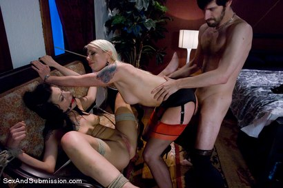 Photo number 10 from Kinky Couple shot for Sex And Submission on Kink.com. Featuring Lorelei Lee, Vanessa Naughty and John Henry in hardcore BDSM & Fetish porn.