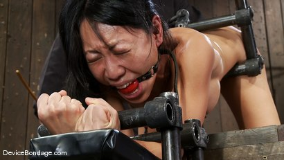 Photo number 5 from Tia Ling<br>Such a tiny ass, such a huge machine cock! shot for Device Bondage on Kink.com. Featuring Tia Ling in hardcore BDSM & Fetish porn.