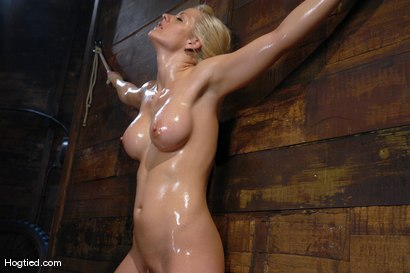 Naturally stacked natasha gets fucked in the shower 2