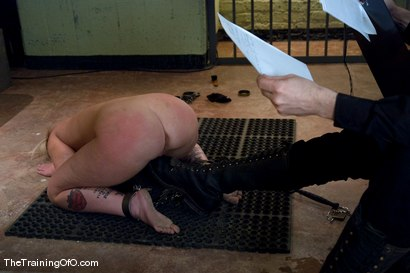 Photo number 6 from The Training of Sasha Knox, Day Three shot for The Training Of O on Kink.com. Featuring Sasha Knox and Maestro in hardcore BDSM & Fetish porn.