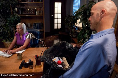 Photo number 3 from Role Reversal shot for Sex And Submission on Kink.com. Featuring Derrick Pierce and Skylar Price in hardcore BDSM & Fetish porn.