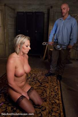 Photo number 5 from Role Reversal shot for Sex And Submission on Kink.com. Featuring Derrick Pierce and Skylar Price in hardcore BDSM & Fetish porn.