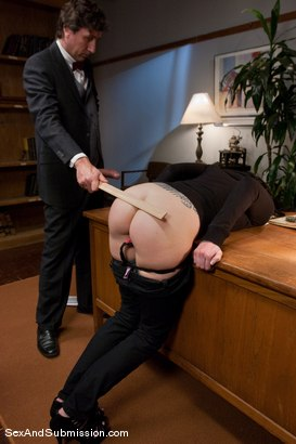 Photo number 3 from Final Exam shot for Sex And Submission on Kink.com. Featuring Steve Holmes and Tricia Oaks in hardcore BDSM & Fetish porn.