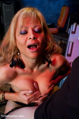 Photo number 4 from Johanna B. <br> A cougar in a boy band shot for TS Seduction on Kink.com. Featuring Johanna B and Benny Reynolds in hardcore BDSM & Fetish porn.