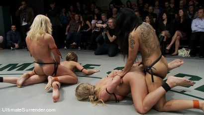 Photo number 15 from ROUND FOUR<BR> The Dragons(0-0) vs The Pirates (0-0) shot for Ultimate Surrender on Kink.com. Featuring Dia Zerva, Jessie Cox, DragonLily and Holly Heart in hardcore BDSM & Fetish porn.