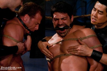 Photo number 11 from The Bodybuilders and The Onyx shot for Bound Gods on Kink.com. Featuring Van Darkholme, Vince Ferelli, Derek Pain and Christian Wilde in hardcore BDSM & Fetish porn.