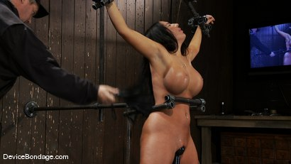 Photo number 7 from Richelle Ryan<br>Is that Snooky? shot for Device Bondage on Kink.com. Featuring Richelle Ryan in hardcore BDSM & Fetish porn.
