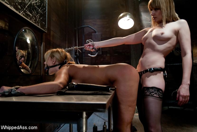 Lesbian Toy Gangbang Bondage