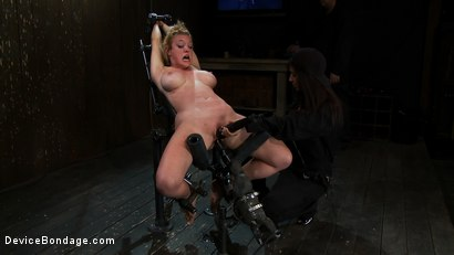 Photo number 11 from Part 2 of 4 of the April Live show. shot for Device Bondage on Kink.com. Featuring Felony, Isis Love and Dee Williams in hardcore BDSM & Fetish porn.