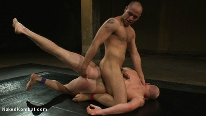 Photo number 9 from Leo Forte vs Luke Riley shot for Naked Kombat on Kink.com. Featuring Luke Riley and Leo Forte in hardcore BDSM & Fetish porn.