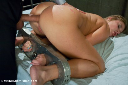 Photo number 11 from Sex Rehab: Aurora Snow shot for Sex And Submission on Kink.com. Featuring Steve Holmes and Aurora Snow in hardcore BDSM & Fetish porn.