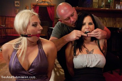 Photo number 4 from Bitch Fight shot for Sex And Submission on Kink.com. Featuring Tricia Oaks, Skylar Price and Mark Davis in hardcore BDSM & Fetish porn.