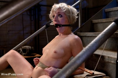 Photo number 9 from Fresh Meat shot for Wired Pussy on Kink.com. Featuring Shae Simone and Isis Love in hardcore BDSM & Fetish porn.