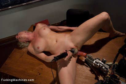Photo number 13 from Iron Porn <br> Part 3 of the May live show shot for Fucking Machines on Kink.com. Featuring Lorelei Lee in hardcore BDSM & Fetish porn.