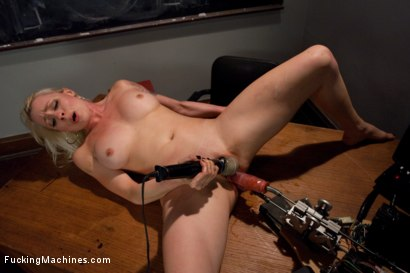 Photo number 12 from Iron Porn <br> Part 3 of the May live show shot for Fucking Machines on Kink.com. Featuring Lorelei Lee in hardcore BDSM & Fetish porn.