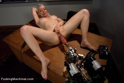 Photo number 6 from Iron Porn <br> Part 3 of the May live show shot for Fucking Machines on Kink.com. Featuring Lorelei Lee in hardcore BDSM & Fetish porn.