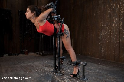 "Photo number 3 from ""Can't stop, cumming...."" shot for Device Bondage on Kink.com. Featuring Jynx Maze in hardcore BDSM & Fetish porn."