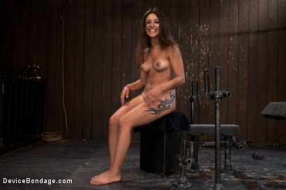 Photo number 12 from So Spread, So Fucked, So Helpless shot for Device Bondage on Kink.com. Featuring Jynx Maze in hardcore BDSM & Fetish porn.