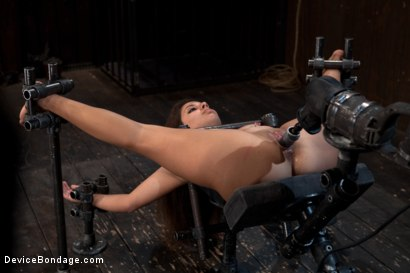 Photo number 10 from So Spread, So Fucked, So Helpless shot for Device Bondage on Kink.com. Featuring Jynx Maze in hardcore BDSM & Fetish porn.