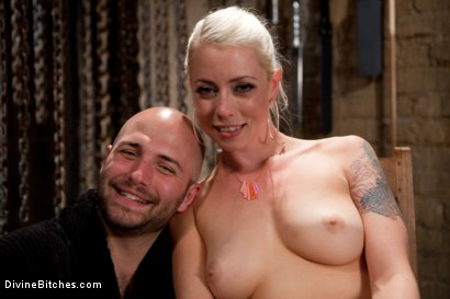 Photo number 8 from Chastity on the Rocks: David Chase Episode 2 shot for Divine Bitches on Kink.com. Featuring Lorelei Lee and David Chase in hardcore BDSM & Fetish porn.